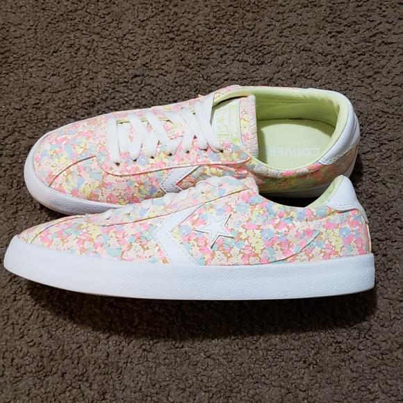 63d3d3b3671f Converse Shoes - converse breakpoint floral low